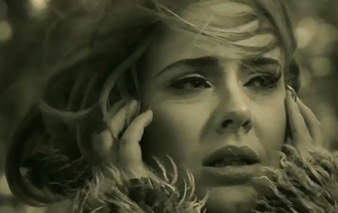 Adele Says ¨Hello¨ Again